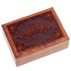 Caja de madera entallada con Flor de Loto